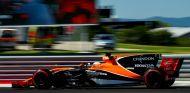 Septiembre, fecha límite para que McLaren decida su motor - SoyMotor.com