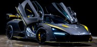 McLaren Senna Gloss Carbon - SoyMotor.com