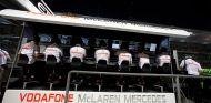 Pit wall de McLaren en el Gran Premio de Singapur de 2013 - LaF1