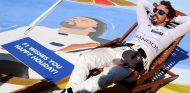 Fernando Alonso y McLaren ya están de vacaciones - SoyMotor