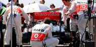 Whitmarsh cree que Pirelli tendría que haber presionado para cambiar los neumáticos