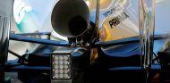 Nico Rosberg prueba el escape trompeta en los tests de Barcelona 2014 - SoyMotor.com