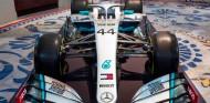 Mercedes presenta la decoración de su coche 2020: toques de rojo - SoyMotor.com