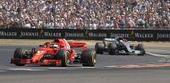 Sebastian Vettel y Lewis Hamilton - SoyMotor.com