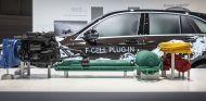 Mercedes abandona el hidrógeno y se centra en los híbridos enchufables - SoyMotor.com