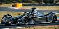 El Fórmula E de Mercedes ya rueda en un shakedown en Italia - SoyMotor.com