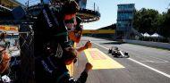 Lewis Hamilton toma la victoria del Gran Premio de Italia - LaF1