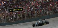 ¿Por qué Mercedes no da libertad estratégica a Hamilton y Rosberg? - LaF1