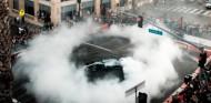 La F1 llega a América a lo grande: festival de donuts en Hollywood - SoyMotor.com