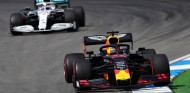 Max Verstappen y Valtteri Bottas en el GP de Alemania F1 2019 - SoyMotor