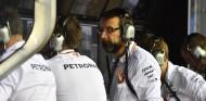 Mercedes ve más riesgos que beneficios a luchar por la vuelta rápida - SoyMotor.com