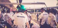 Práctica de paradas de Mercedes en Silverstone - SoyMotor.com