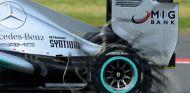 Lewis Hamilton era líder del Gran Premio de 2013 cuando uno de sus Pirelli dijo basta - LaF1