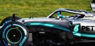 Valtteri Bottas con el Mercedes W10 en Silverstone - SoyMotor