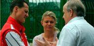 La familia Schumacher, indemnizada con 50.000 euros - SoyMotor.com