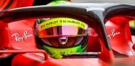 Mick Schumacher no probará con Ferrari en España, según prensa italiana
