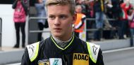 Mercedes niega que Mick Schumacher ya trabaje con ellos - LaF1