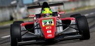 Mick Schumacher en Lausitzring con la ADAC Formel 4 - LaF1