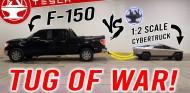 Un mini Tesla Cybertruck también arrastra al Ford F-150 - SoyMotor.com
