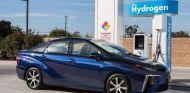 Shell apuesta por el vehículo de hidrógeno junto a Toyota - SoyMotor.com