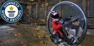 El monociclo más rápido del mEl monociclo más rápido del mundo supera los 100 kilómetros/hora - SoyMotorundo supera los 100 kilómetros/hora