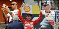 Lewis Hamilton, Fernando Alonso y Dale Earnhardt Jr