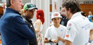 Montoya vuelve a la lucha por la Triple Corona contra Alonso - SoyMotor.com