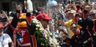Montoya pide leche con chocolate para celebrar la Indy 500 - SoyMotor.com