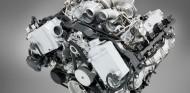 Reyes Maroto no se ha atrevido a asegurar que en 2040 vayan a dejar de venderse coches de combustión - SoyMotor.com