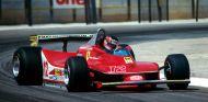 Gilles Villeneuve y su Ferrari 312T4 durante un GP en 1979 - SoyMotor.com