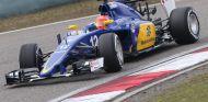 Felipe Nasr con el Sauber en Shanghái - LaF1
