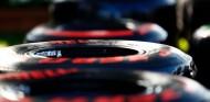 Pirelli paraliza la producción de neumáticos de F1 - SoyMotor.com