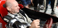 Sergio Pérez descubre la faceta de piloto de Adrian Newey - SoyMotor.com