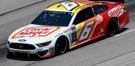 Ryan Newman reaparece tras su espectacular accidente en Daytona - SoyMotor.com