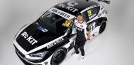 Nicolas Hamilton, hermano de Lewis, con un Cupra León en el BTCC - SoyMotor.com