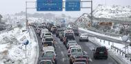 Cientos de conductores atrapados por cortes de tráfico en la A-3 - SoyMotor.com