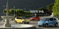 En la foto se pueden ver algunos de los colores de carrocería del nuevo Volkswagen up! - SoyMotor
