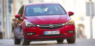 El Opel Astra más 'rápido' del mundo fue fotografiado la localidad de Quiévrain, Bélgica - SoyMotor