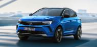 Opel Grandland 2022: nuevo diseño y doblete híbrido enchufable - SoyMotor.com