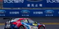 Pepe Oriola abandona en la segunda carrera de Shanghái - SoyMotor.com