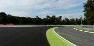 La FIA estudia devolver la grava a la Parabolica de Monza - SoyMotor.com