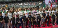 Momento del himno durante el Gran Premio de México 2017 - SoyMotor.com
