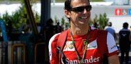 Pedro de la Rosa en el paddock de Suzuka - LaF1