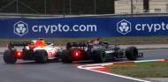 """Marko: """"Hamilton quería enviar a Pérez directo al Pit-Lane"""" - SoyMotor.com"""