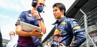 Red Bull medita poner a un piloto 'júnior' como compañero de Verstappen en 2022 - SoyMotor.com
