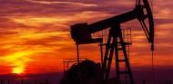 Caída histórica del petróleo: el barril, a -40 dólares - SoyMotor.com