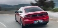 El Peugeot 508 fue el coche mejor valorado por los internautas españoles en 2018 - SoyMotor.com