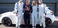Dos tenistas, una cantante y un piloto de carreras. Juntos, en el circuito del Jarama - SoyMotor.com