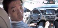 El ridículo de chocar con tu coche autónomo mientras alardeas de él - SoyMotor.com