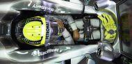 Nico Rosberg en su W04